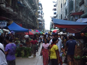 The midday market on 18th street, Chinatown