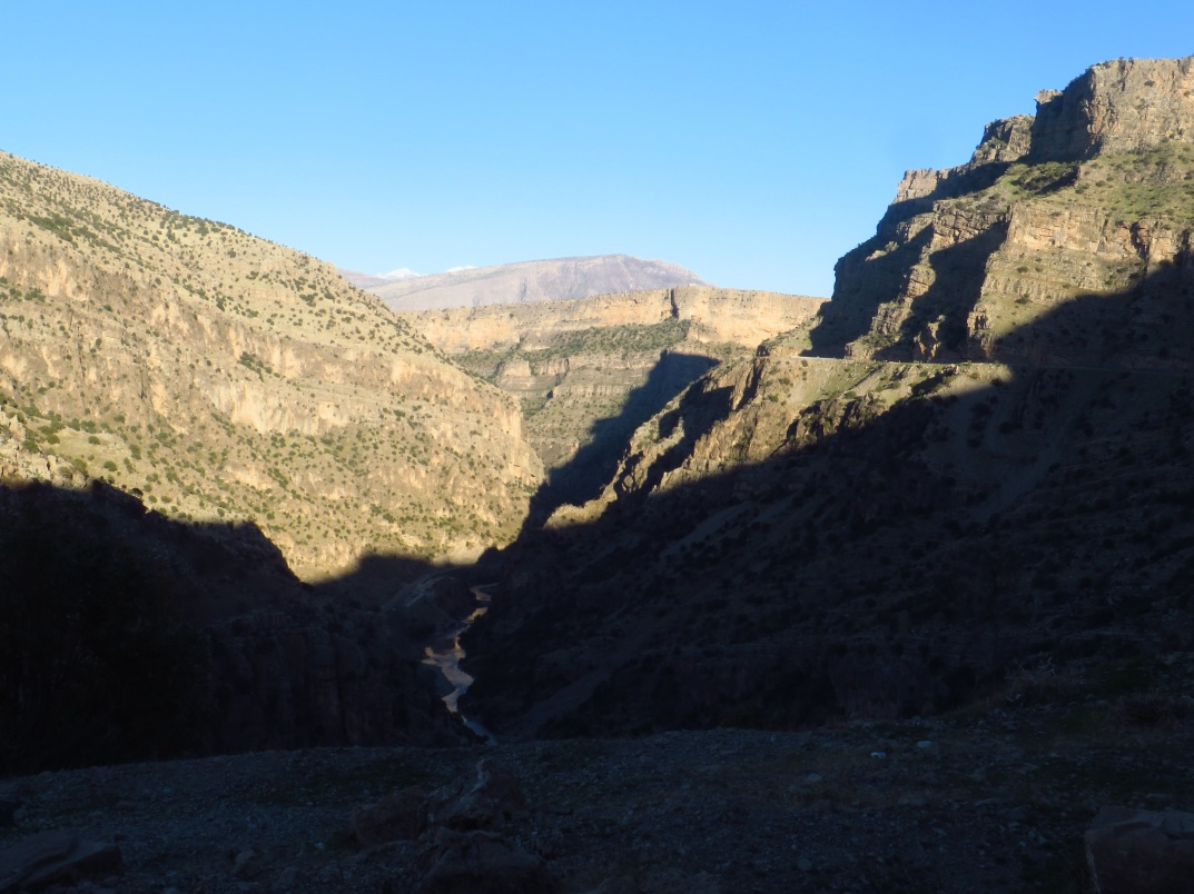 Rawanduz Canyon. The Hamilton Road follows Rawanduz River at the bottom of the steep gorge.