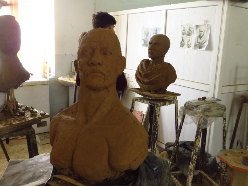 Drop-in on a classical scupltures class